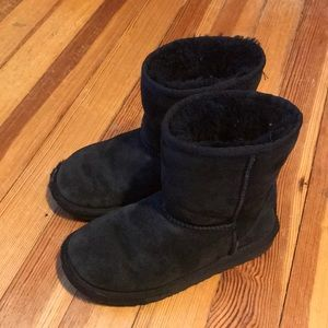 Ugg Kids Black Shearling Boots Size 13